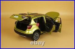 1/18 SUZUKI S-CROSS SUV GREEN COLOR DieCast Model